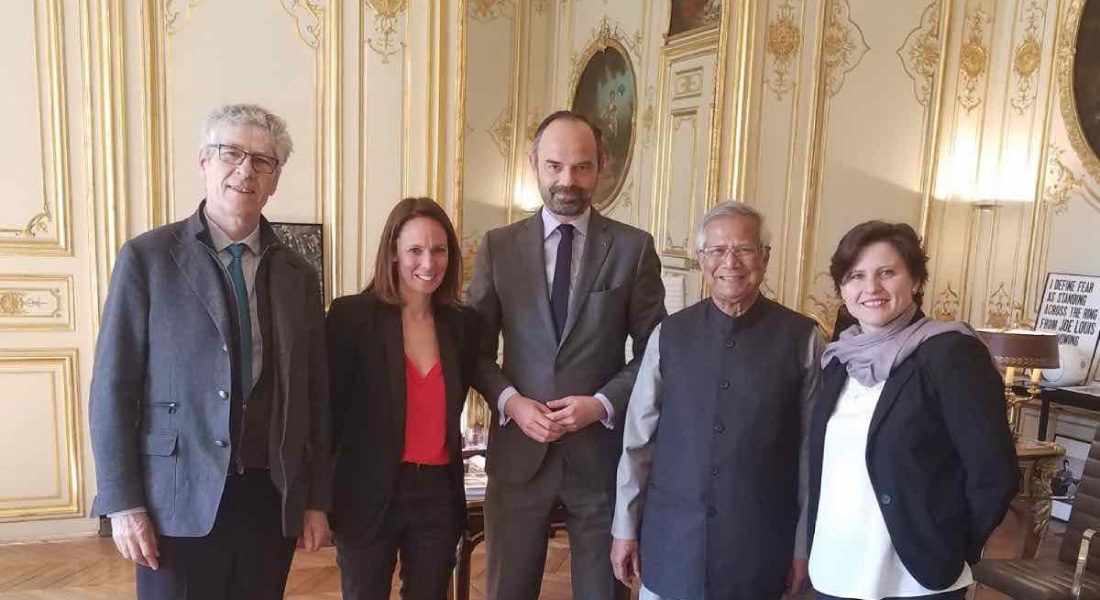 Meeting between Pr. Yunus and French Prime Minister